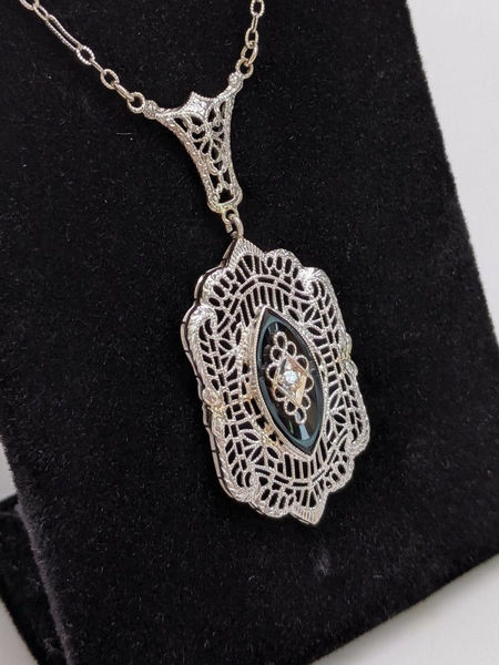 Art Deco Necklace with Diamond and Onyx