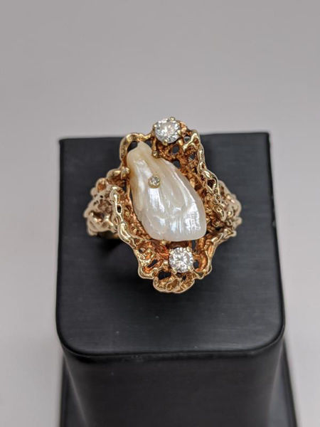 Picture of Custom TN Pearl and Diamond Ring