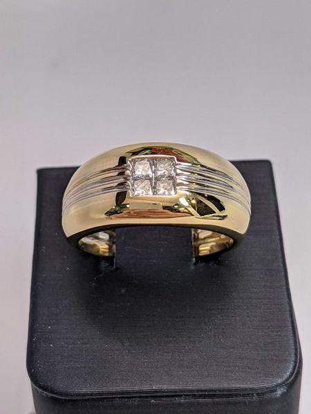 CLEARANCE Men's 18k Diamond Ring