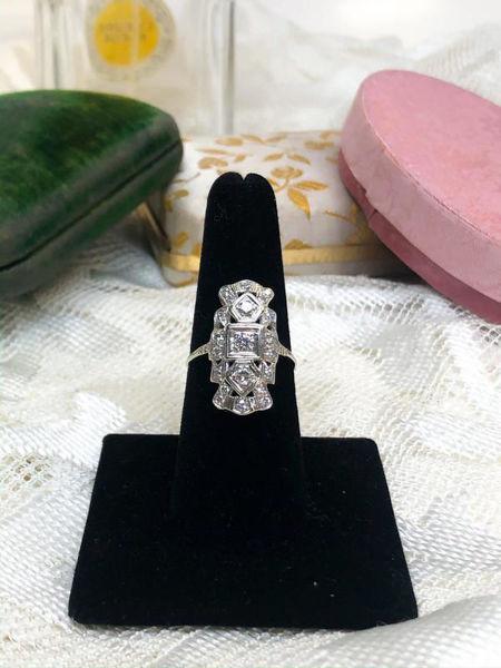 Picture of Diamond Art Deco Ring