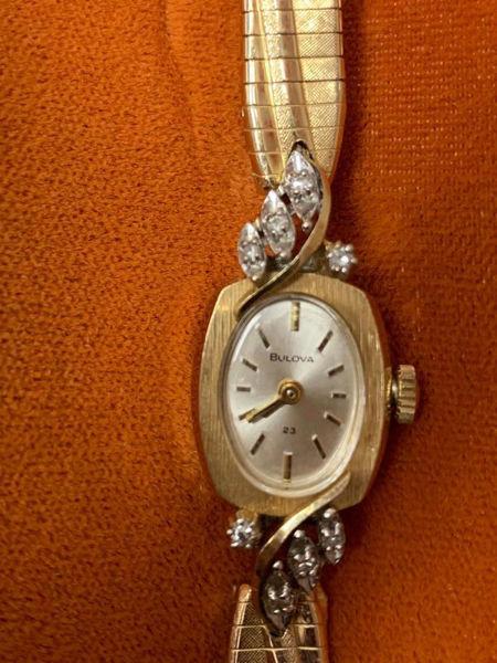 Vintage Ladies Bulova Watch with Original Box