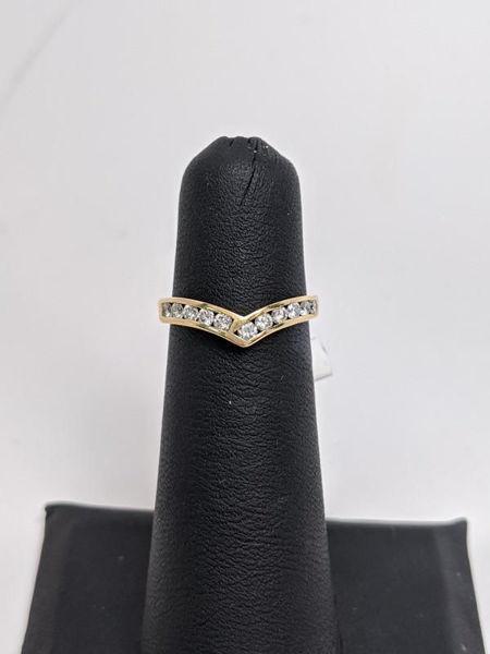 Diamond Channel V Ring