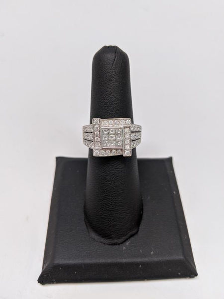 Picture of Diamond Princess Ring