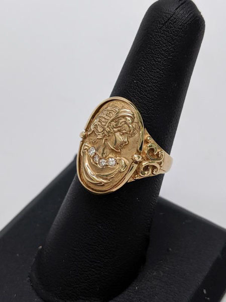Picture of Gold and Diamond Cameo Ring
