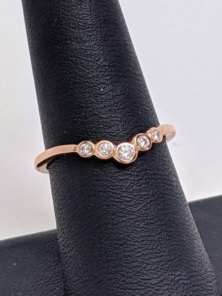 Rose Gold Diamond V Band