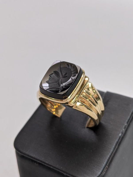 Picture of Men's Carved Onyx Ring