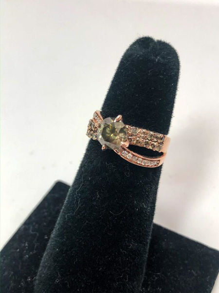 Picture of Natural Green Diamond Ring