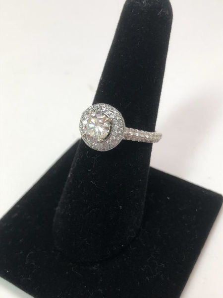 Picture of Neil Lane Engagement Ring
