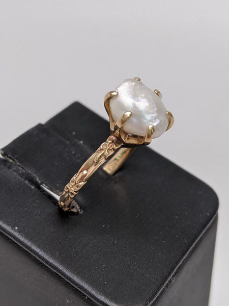 Picture of Orange Blossom Tennessee Pearl Ring